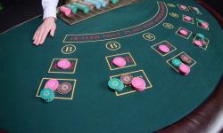 Dasar-dasar poker Kasino web – Bagaimana cara memainkannya dengan benar?